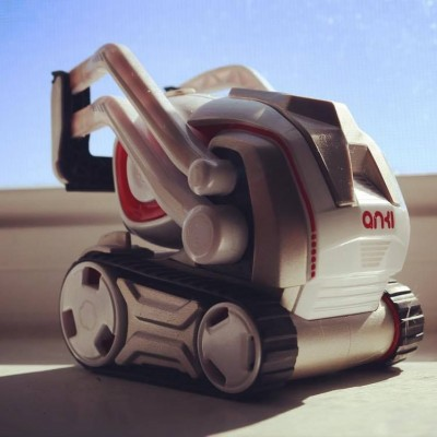 Cozmo - The Smartest, Cutest AI-Powered Robot by Anki